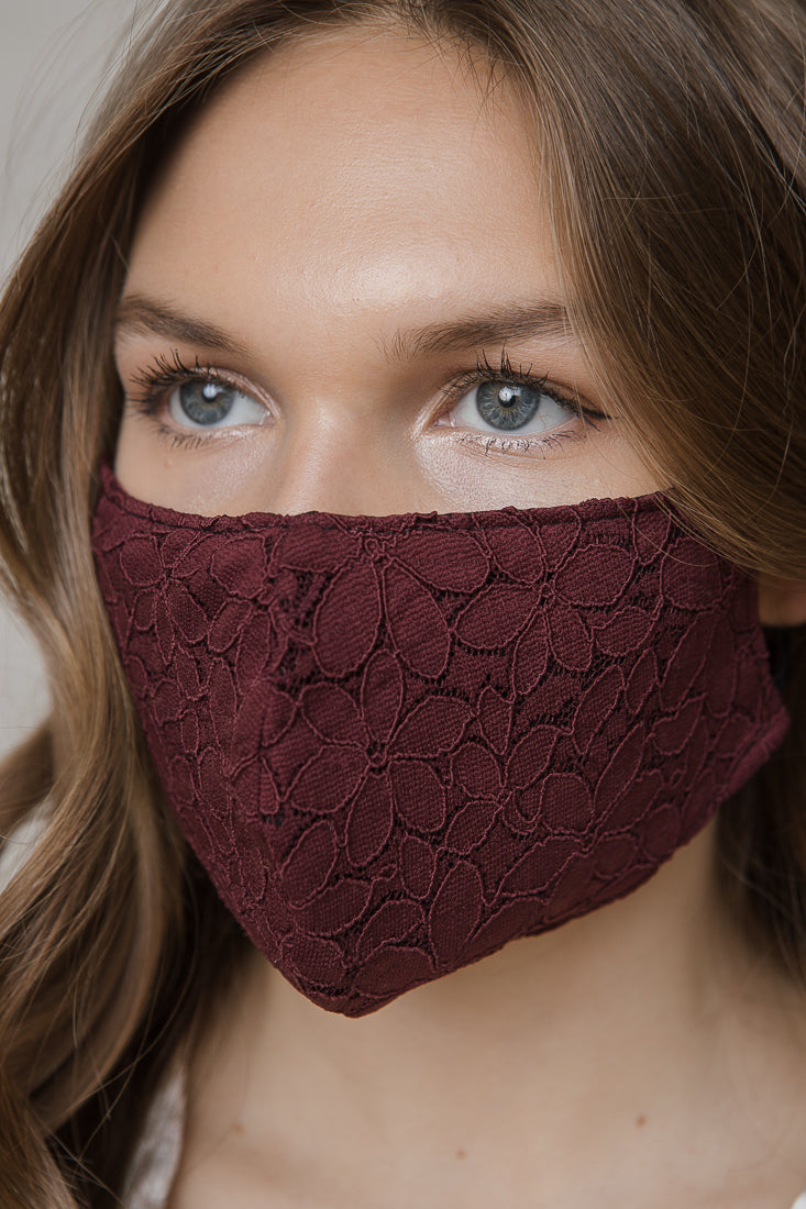 LACE WINE MASK
