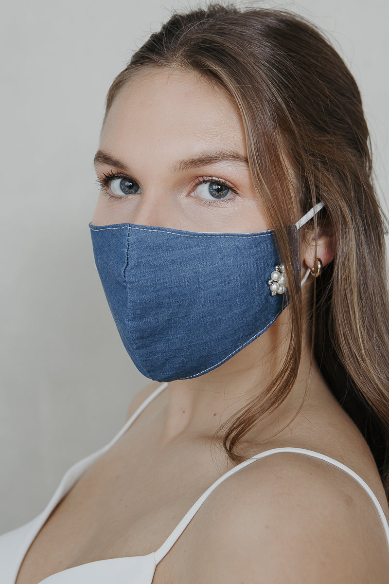 Denim pearl brooch mask