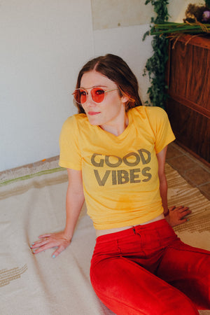 Load image into Gallery viewer, Good Vibes - Boyfriend Tee
