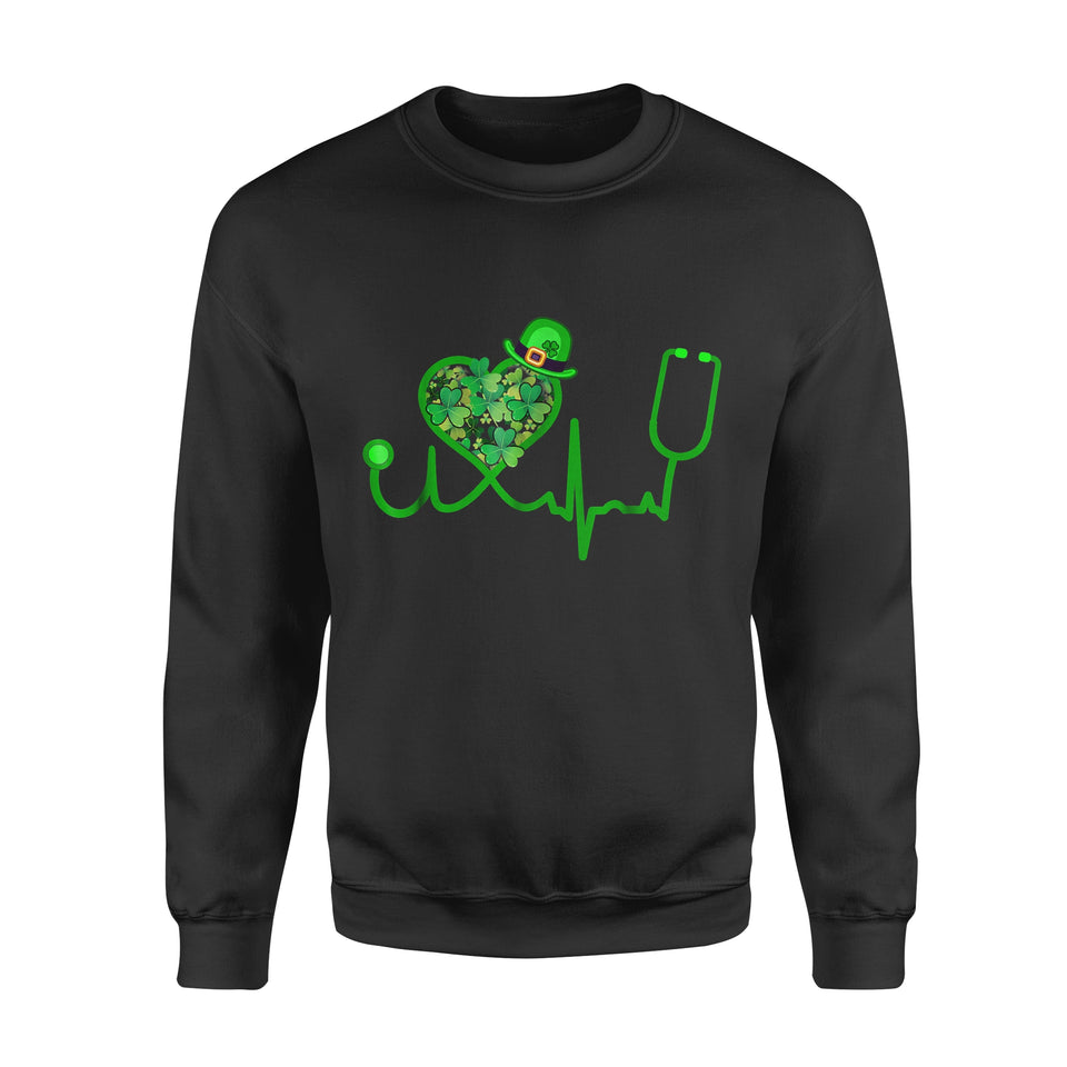 Nurse Gift Idea Saint Patrick Day Stethoscope Heartbeat - Standard Fleece Sweatshirt