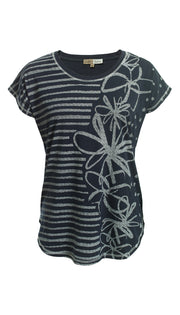 Crazy Daisy Print Stretch Cotton Tee in Black