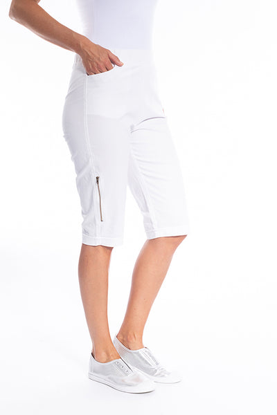 White Knee Length Short With Zipper Detail