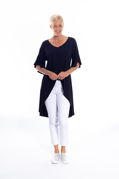 Twist Front Detail Hi-lo Top in Black