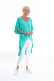 Twist Front Detail Hi-lo Top in Teal