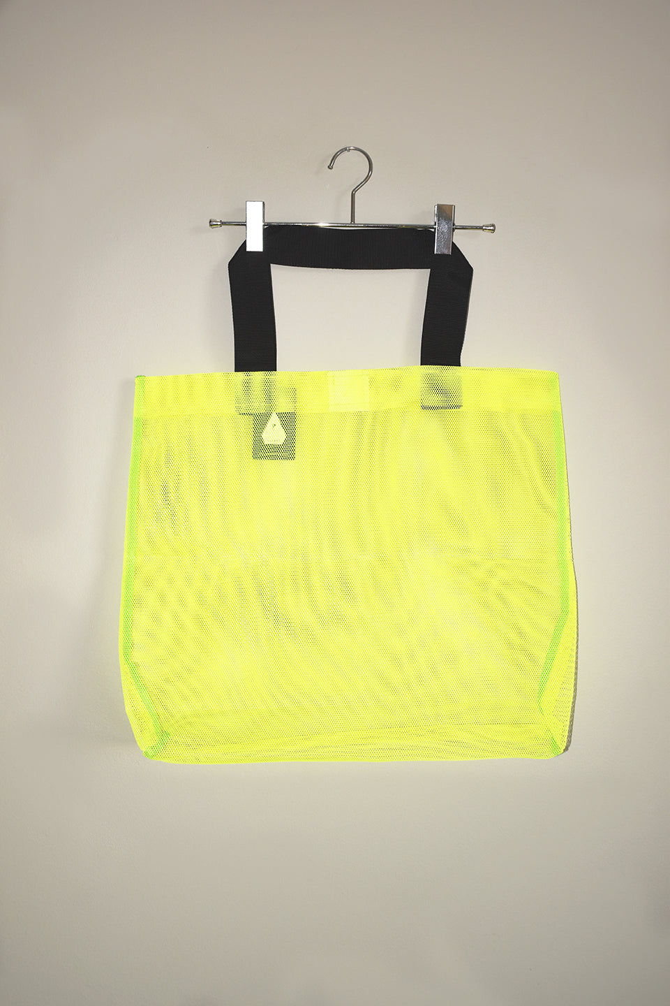 Load image into Gallery viewer, Jumbo Net Bag - Lumo Yellow