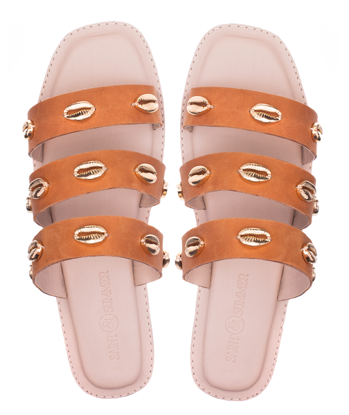 LUSH LEATHER GOLD SEASHELL SANDALS - TAN