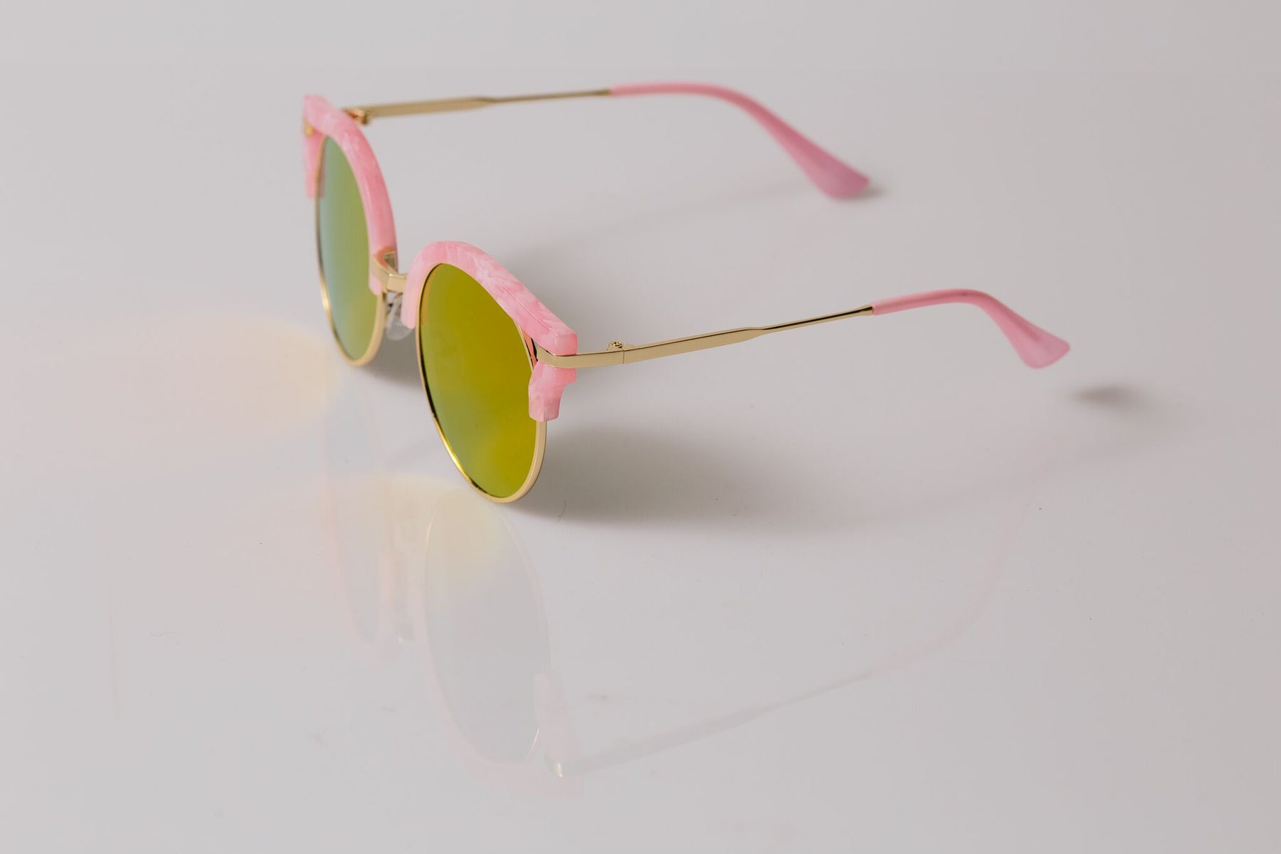 Load image into Gallery viewer, Marble Pink - Sunnies