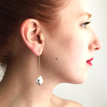 Load image into Gallery viewer, Single Pearl Straight Line Drop Earring