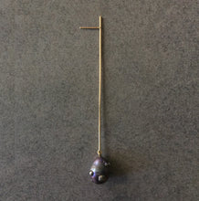 Load image into Gallery viewer, Single Pearl Long Straight Line Drop Earring