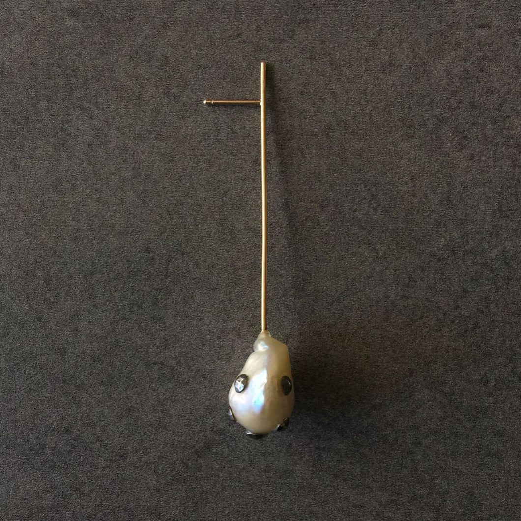 Single Pearl Straight Line Drop Earring