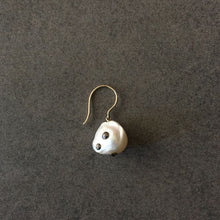 Load image into Gallery viewer, Single French Wire Earring