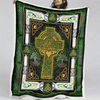 BeKingArt Irish St.Patrick's Day Celtic Knot Cross