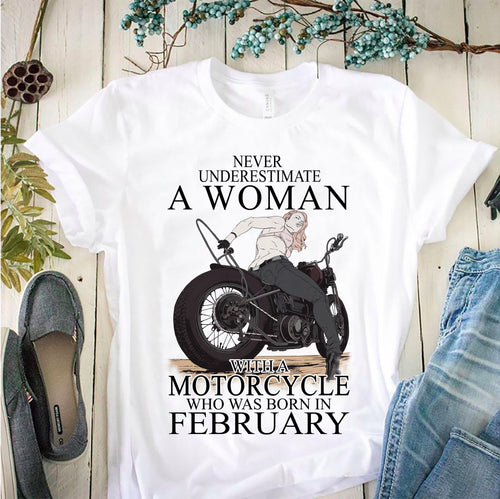 BeKingArt Biker Never Underestimate Woman With Motorcycle Born In February