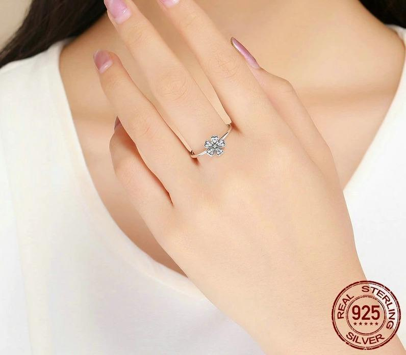925 Sterling Silver Daisy Flower Finger Ring
