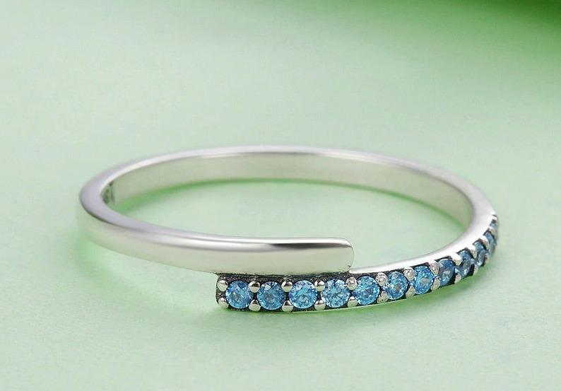 Geometric Melody Blue Sparking CZ Finger Ring