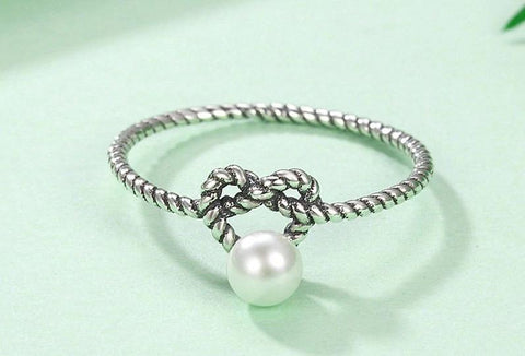Twisted Heart with Simulated Pearl Finger Ring
