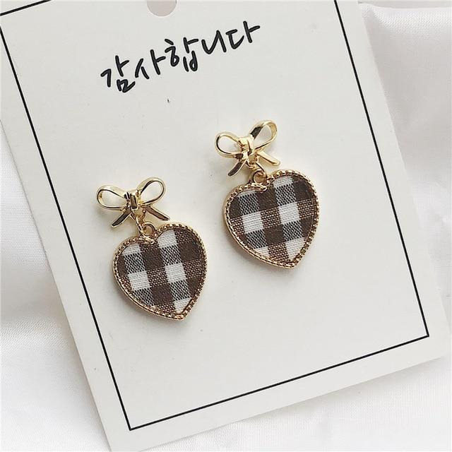 Elegant Black and White Houndstooth Plaid Velvet Fabric Round Big Circle Long Earrings