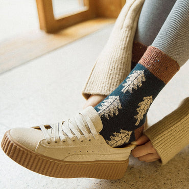 Autumn fashion retro design wool socks
