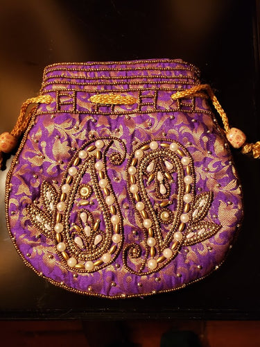 World Treasures Purses 162