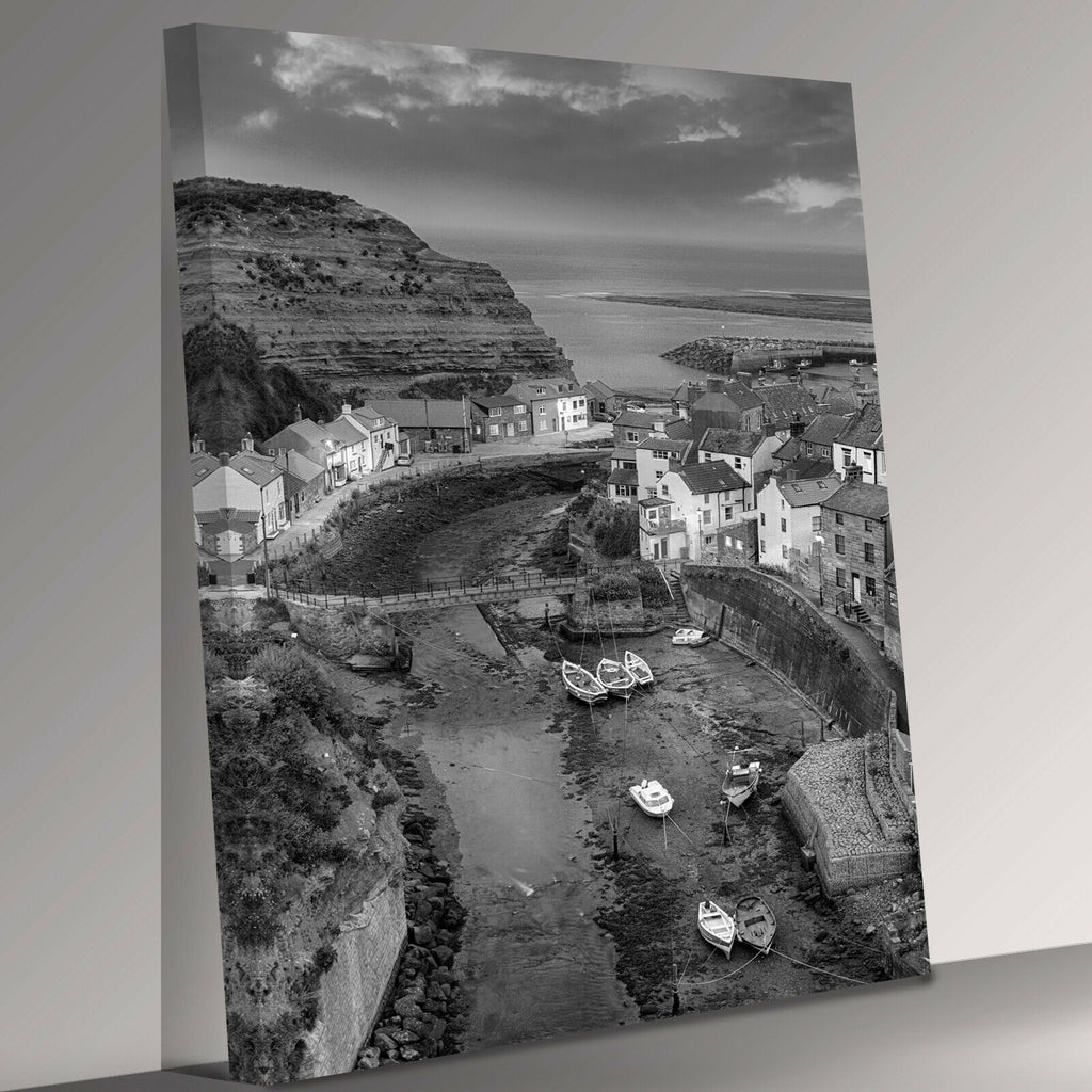 Staithes Yorkshire English seaside village Canvas Wall Art Picture Print