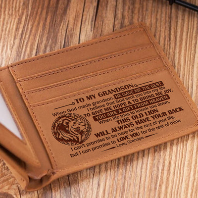 Grandpa To Grandson - When God Made Grandsons, He Gave Me The Best - Bifold Wallet