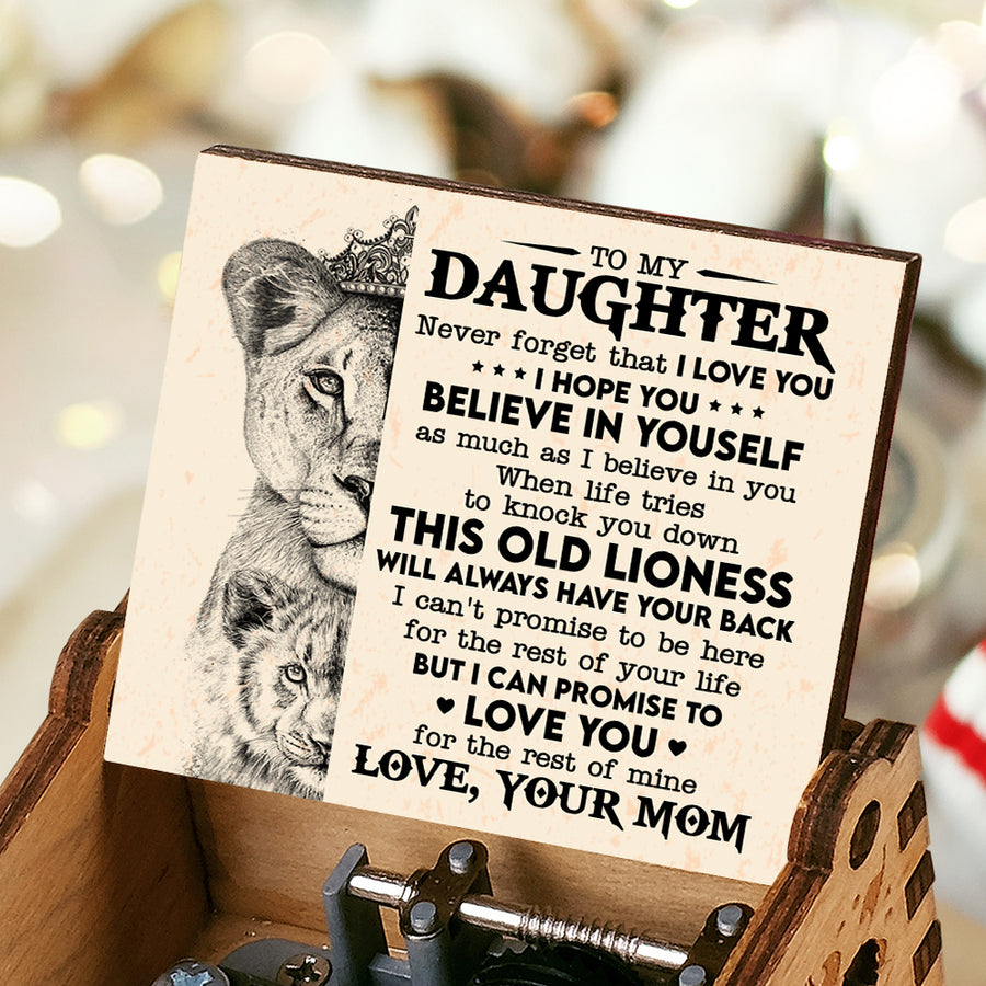 Mom To Daughter - This old lion will always have your back - Music Box Color