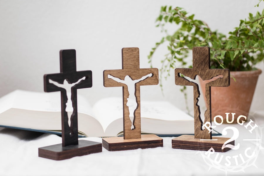 5.5 Inch Standing Silhouette Style Crucifix