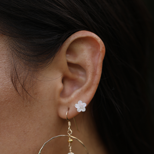 Pua Mother of Pearl Stud Earring
