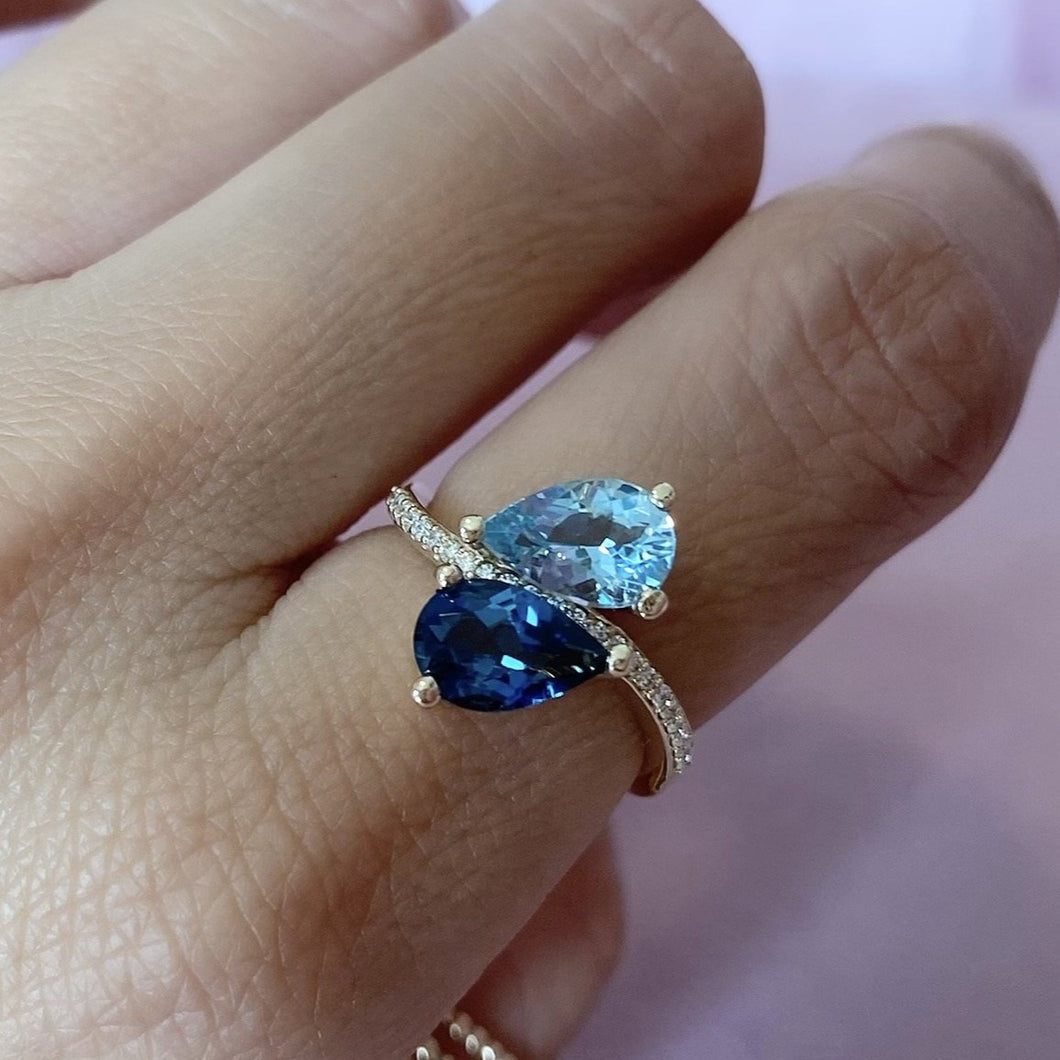Aquamarine Queen Ring 14kt Gold