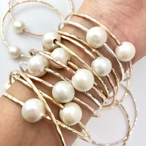 White Edison Pearl Bangle