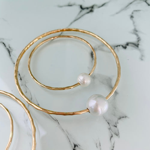 Mama & Me White Pearl Bangle Set