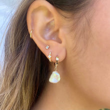 Load image into Gallery viewer, Airlie Keshi White Pearl Earring