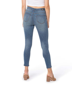 Runway Mid-Rise Skinny Jeans %Women's Clothing Boutique Collingwood% Jeans