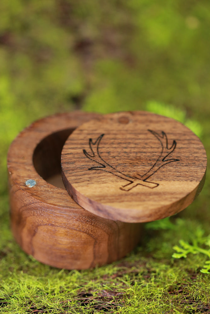 14K GOLD WEDDING RING WITH SPALTED MAPLE AND ANTLER (fully customizable)