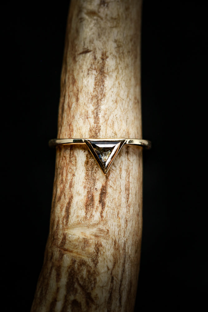 """JENNY FROM THE BLOCK"" TRIANGLE SALT AND PEPPER DIAMOND WITH V-SHAPED DIAMOND TRACER IN 14K GOLD (fully customizable)"