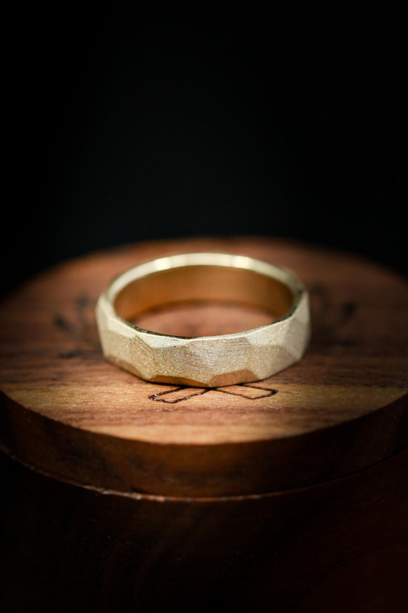 FACETED 14K GOLD WEDDING RING WITH SANDBLASTED FINISH