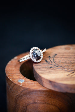 OVAL SALT AND PEPPER DIAMOND ON 14K GOLD BAND WITH DIAMOND ACCENTS - Staghead Designs
