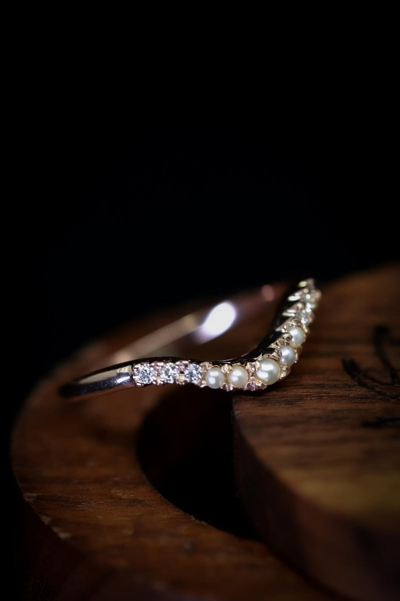 PEARL AND DIAMOND TRACER BAND ON 14K GOLD (AVAILABLE IN 14K WHITE, ROSE AND YELLOW GOLD)