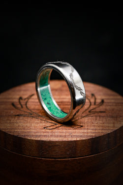 Malachite Wedding Ring - Floral Engraved Wedding Band - Staghead Designs