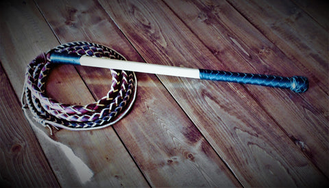 Australian stock whip with black handle
