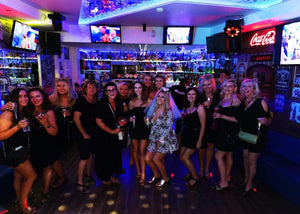 Albufeira Karaoke & Bubbles - Very Into Partying