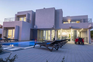 Albufeira Villa Sleeps 24-34 - Very Into Partying