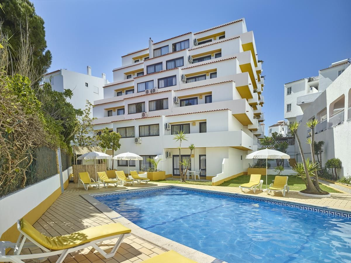 Albufeira Apartments 3* - Sol - Very Into Partying