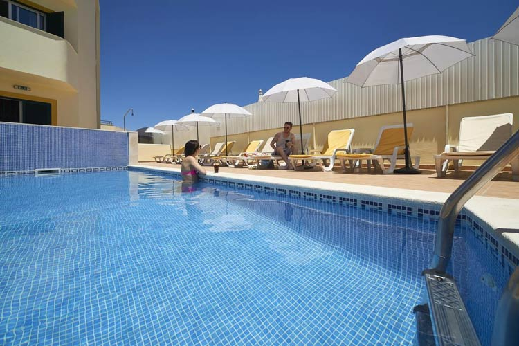 Albufeira Aparthotel 3* - Torre - Very Into Partying