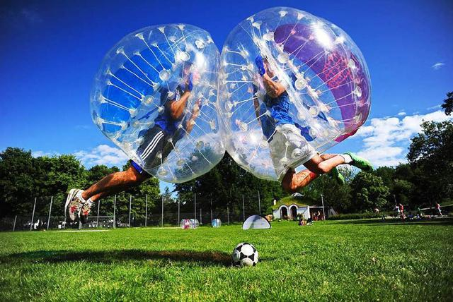 Albufeira Bubble Football - Very Into Partying