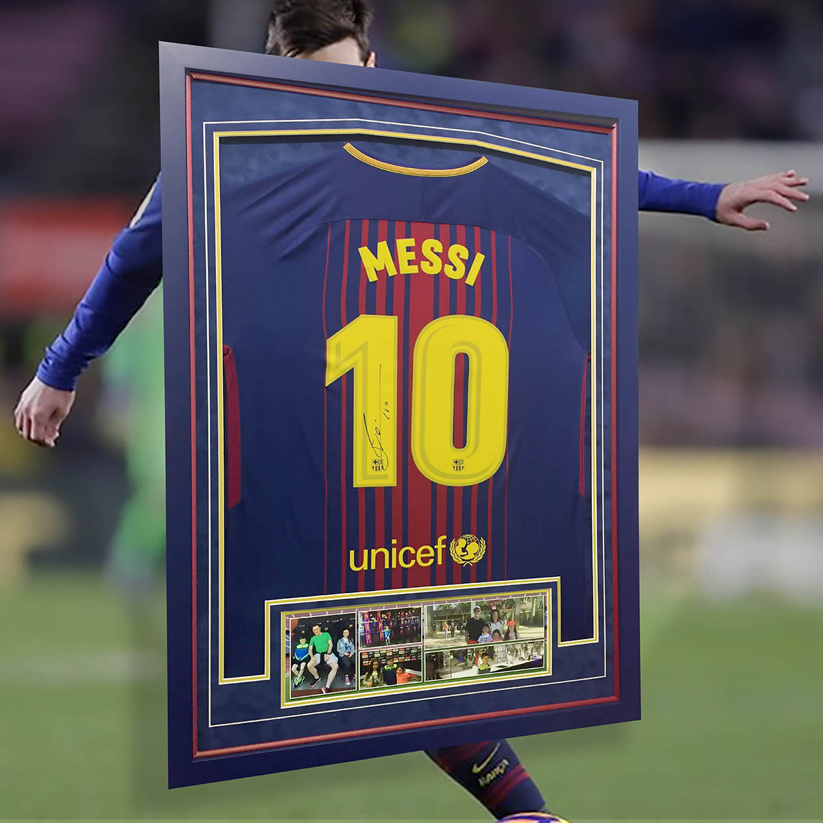 Lionel Messi signed Shirt Frame - with matching liner & moulding