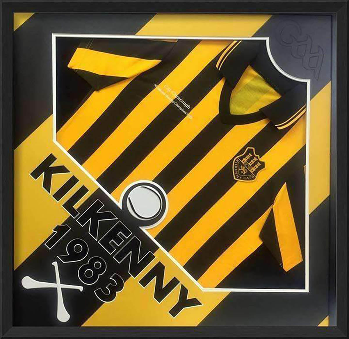Hurling Jersey frame - with multi-graphical design elements