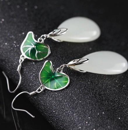 925 Sterling Silver Natural Chalcedony Green Enamel Lotus Leaf Earrings - Rutuli