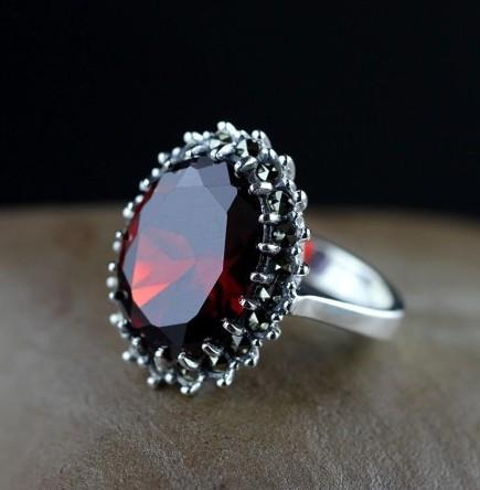 925 Sterling Silver Natural Red Garnet Statement Ring