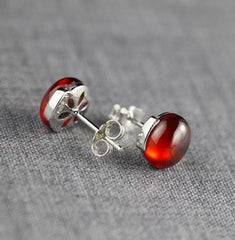 925 Sterling Silver Natural Red Garnet Stud Earrings - Rutuli